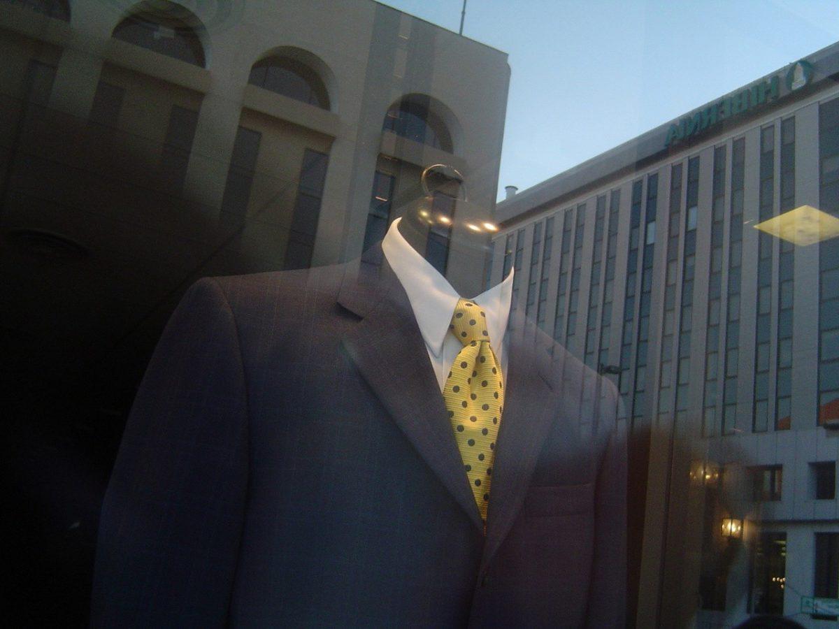 Węzeł Mosconi na krawacie, czyli węzeł diagonalny